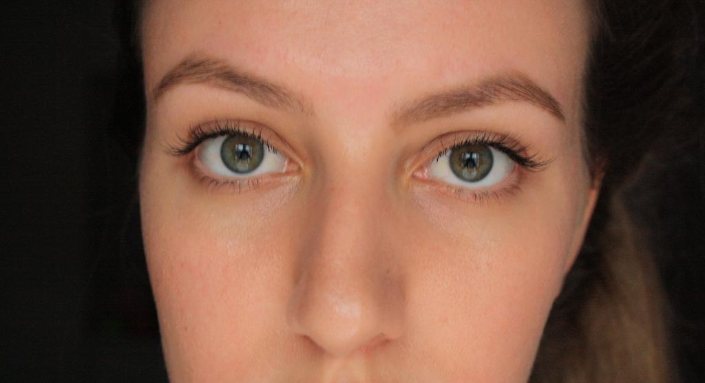 Eyelashes 041