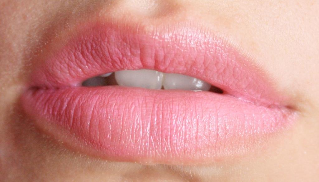 Lips 012