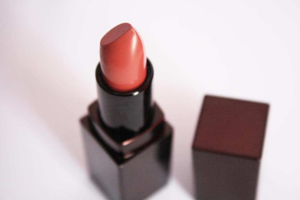 Lips 047