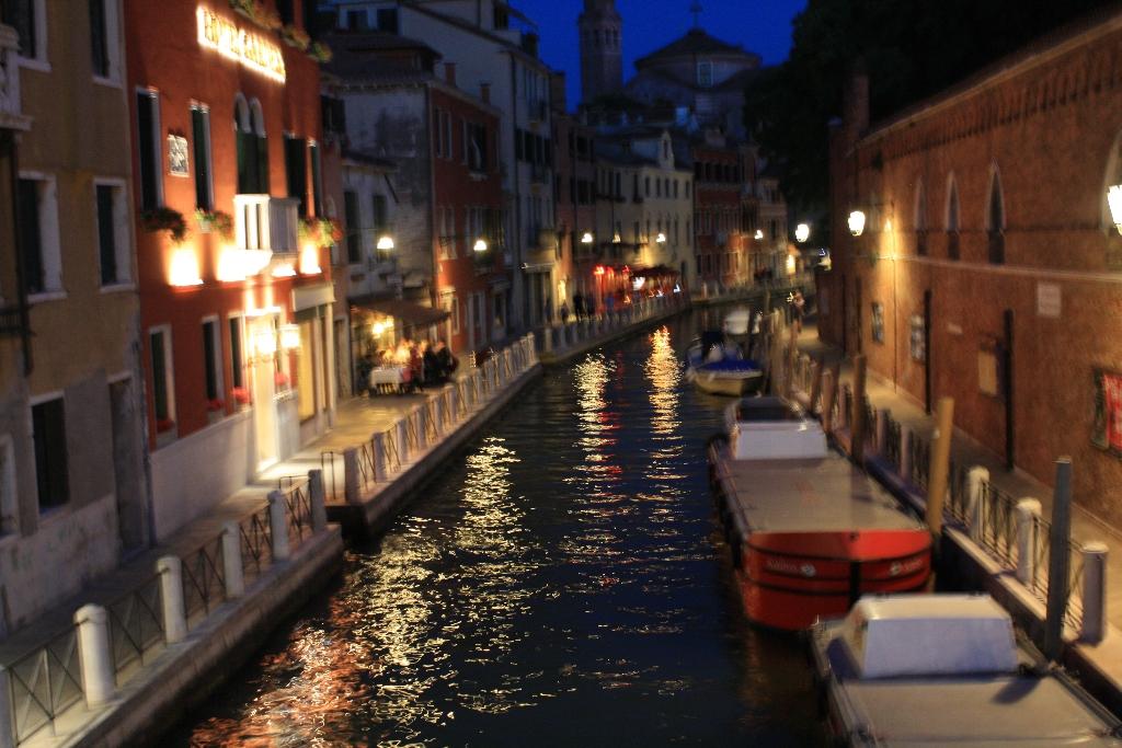 Scarlett London Venice (147)