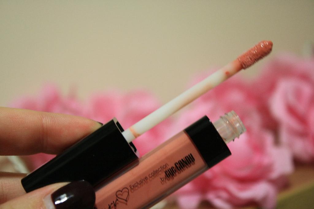 tanya burr lips and nails 012
