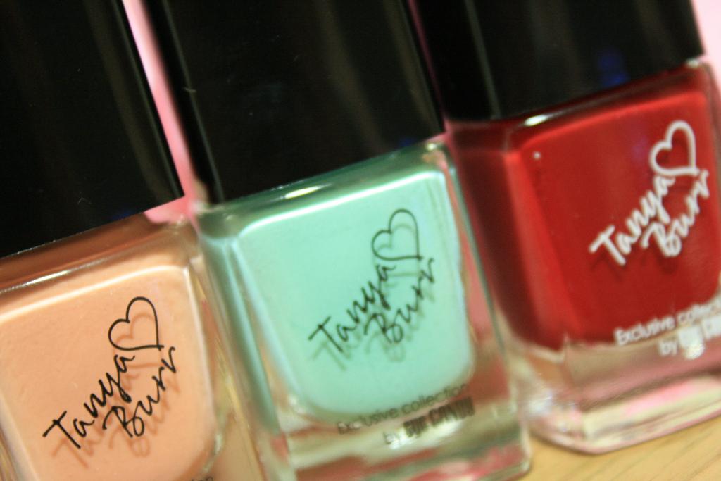 tanya burr lips and nails 037