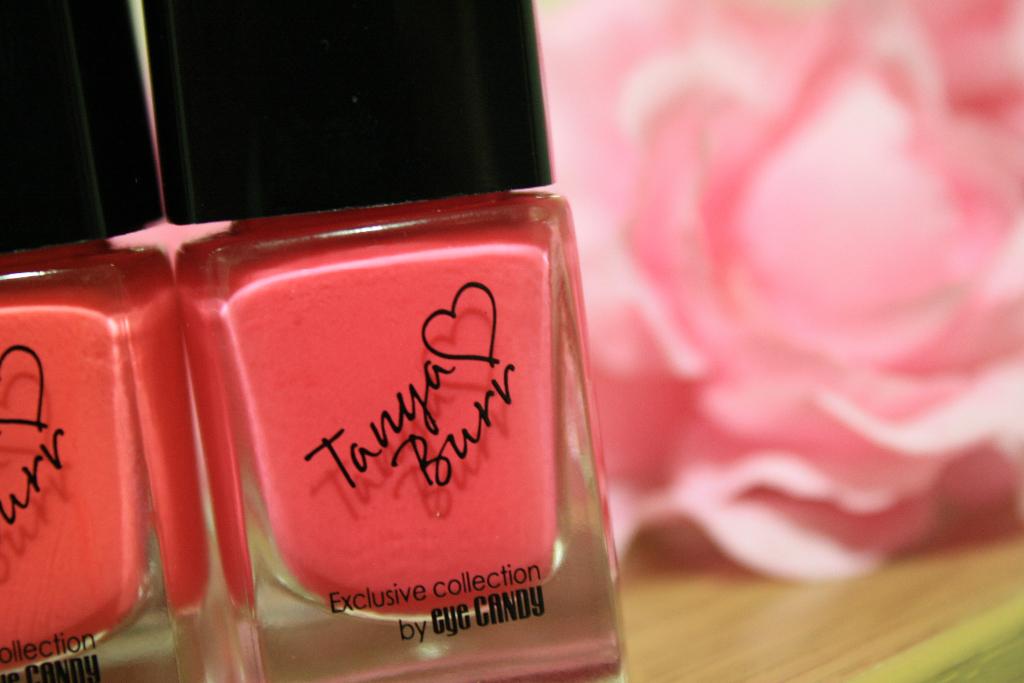 tanya burr lips and nails 042