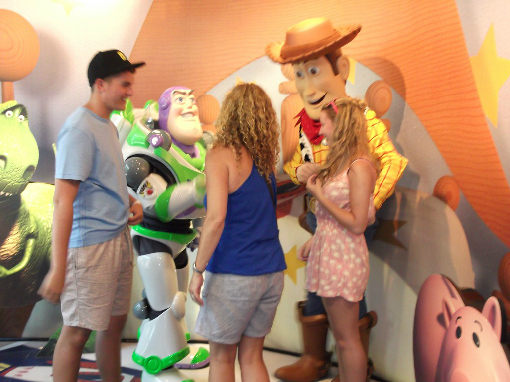 Scarlett Dixon Disney Florida