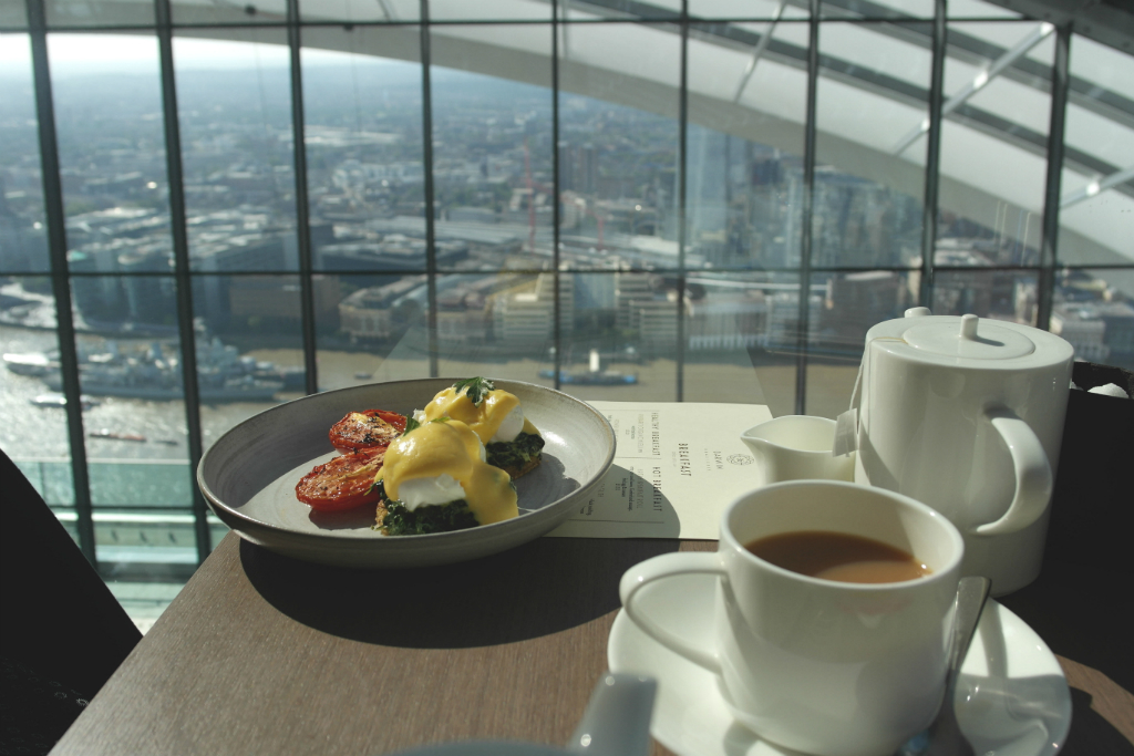 Brunching in the sky!